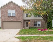 6840 Woodland Heights  Drive, Avon image