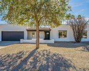 5725 E Betty Elyse Lane, Scottsdale image