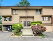10718 Glen Acres Lane Lane S Unit T-39, Seattle image