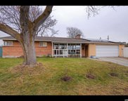 3675 S Wedgewood Rd E, Millcreek image