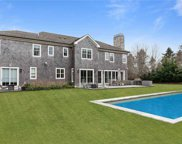 13 Meadow Court, Water Mill image