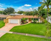 632 S Crescent Dr, Hollywood image