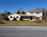 371 Hillview, Lower Nazareth Township image