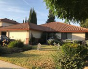 2513 Meadowrest, Madera image
