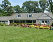 21 Fox Hollow  Lane, Old Westbury image