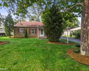 406 Cherry Lane, Glenview image