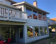 3925 NE 157th Place, Lake Forest Park image