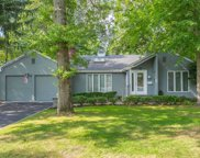 20 Monfort  Place, Syosset image