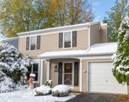 3S242 Twin Pines Drive, Warrenville image