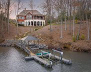 8480  Queens Court, Catawba image