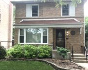 8039 South Phillips Avenue, Chicago image