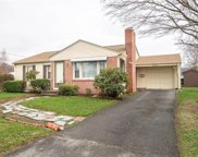39 Meadowcrest DR, East Providence image
