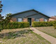 7223 Hedge, Dallas image