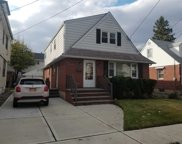 105 N 10th St, New Hyde Park image