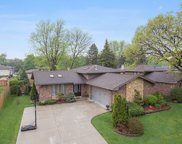 8531 East Candlelight Drive, Willow Springs image