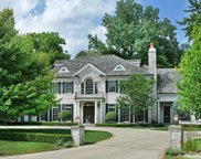 1555 Hickory Lane, Winnetka image