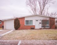 1575 MOULIN, Madison Heights image