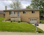 110 Mayer Dr, North Fayette image