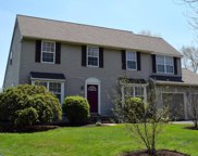 5498 Greenewood Circle, Pipersville image