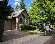 12813 SW WINTERVIEW  DR, Tigard image