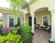 7147 Westhill Court, Lakewood Ranch image