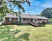 1001 Shearers  Road, Mooresville image