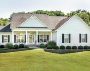 121 Carr Dr, Spring Hill image
