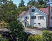77 Beach  Dr, Oak Bay image