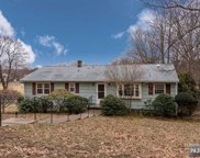 548 Farview Avenue, Wyckoff image
