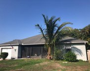 8265 SE Pinehaven Avenue, Hobe Sound image