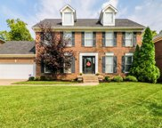 4112 Woods View, Louisville image