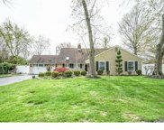 18 Spring Valley Road, Levittown image