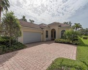 5488 Freeport Ln, Naples image