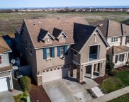 2532  Woodfield Way, Roseville image