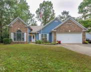 5617 Newberry Point Dr, Flowery Branch image