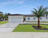 9740 W Palmetto Club Ln, Miami image