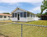 143 Kentucky Ave, Villas image