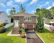 2778 Saw Mill  Road, Bellmore image
