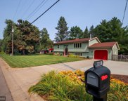 4180 Victoria Street N, Shoreview image