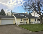 3319 Honeywood  ST, Eugene image