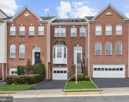 631 Mcleary  Se Square SE, Leesburg image