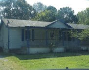 533 Roselawn Dr, Clarksville image