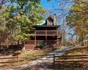 1024 Ravens Ford Way, Sevierville image