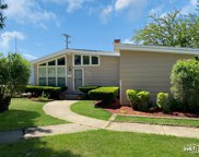 567 James Court, Glendale Heights image