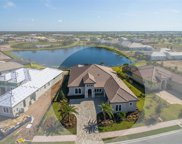 7229 Prestbury Circle, Lakewood Ranch image