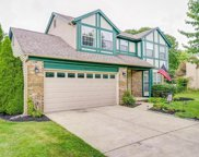 9829 Meadow Wood Drive, Pickerington image