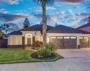 7539 N 8Th, Fresno image