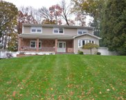 12 Crescent  Drive, Spring Valley image