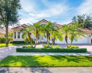 8188 S Savannah Cir, Davie image