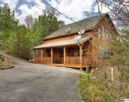 2303 Wooddale Way, Sevierville image